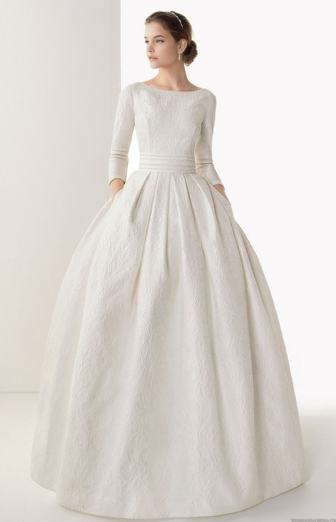 Áo cưới cho cô dâu gầy