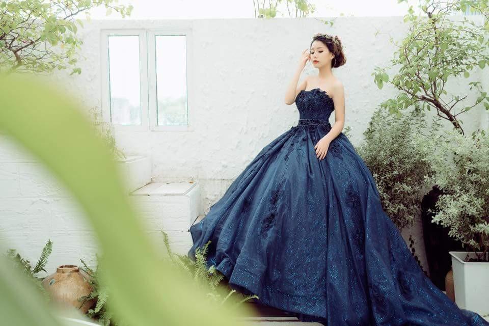 Váy cưới màu xanh lạ đẹp