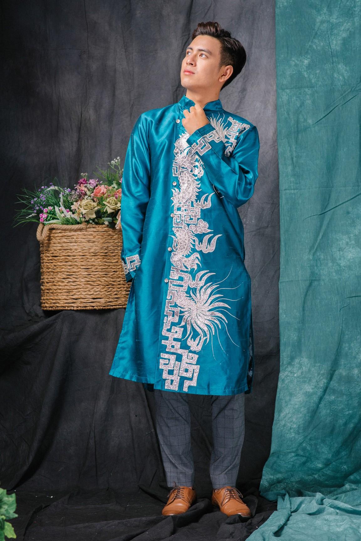 Áo dài gấm nam màu xanh