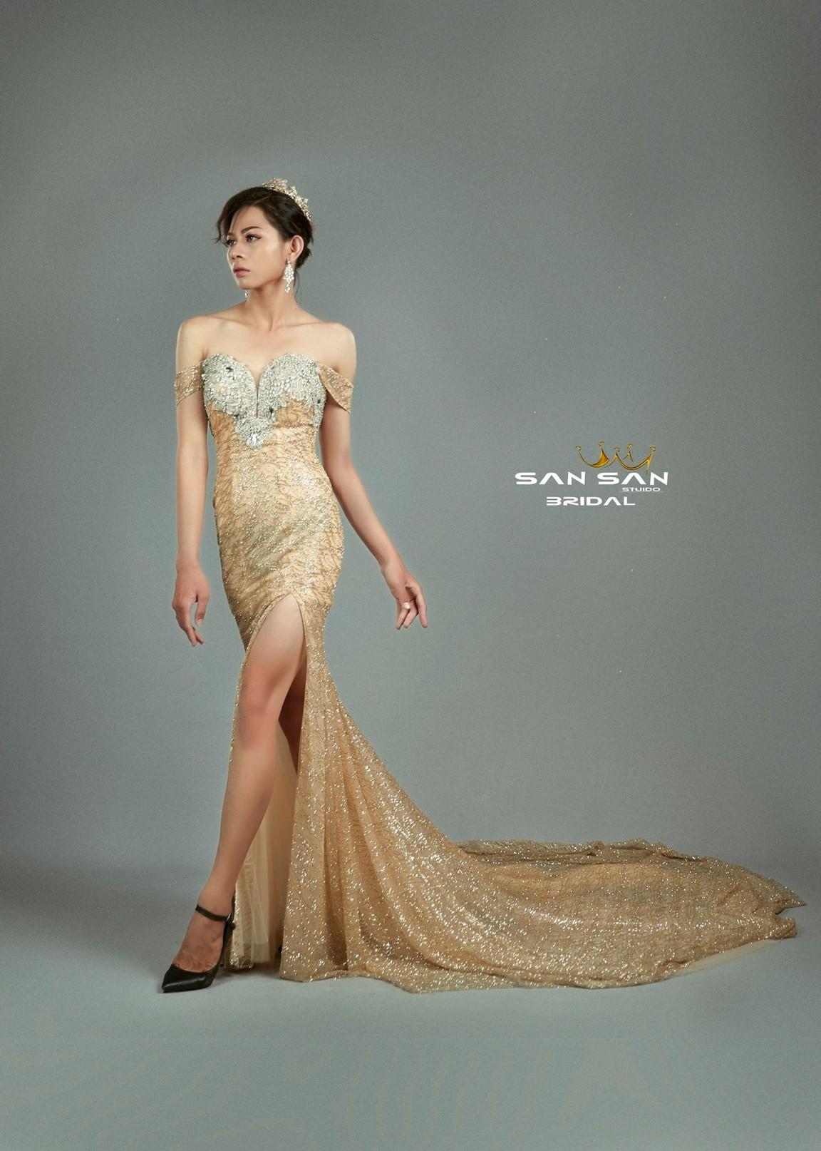 Những kiểu váy cưới đuôi cá