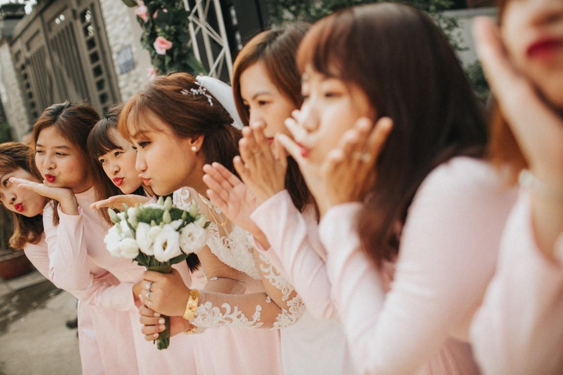 Quay video phóng sự cưới