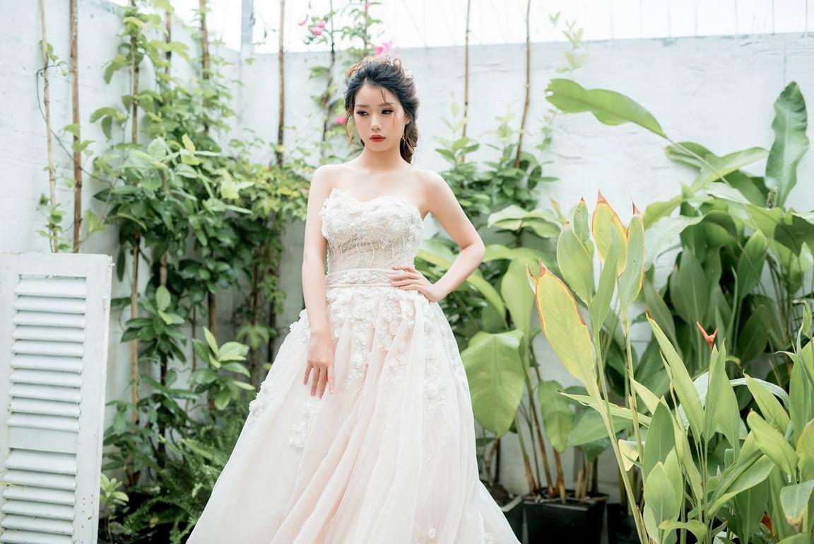 Váy cưới bông công chúa