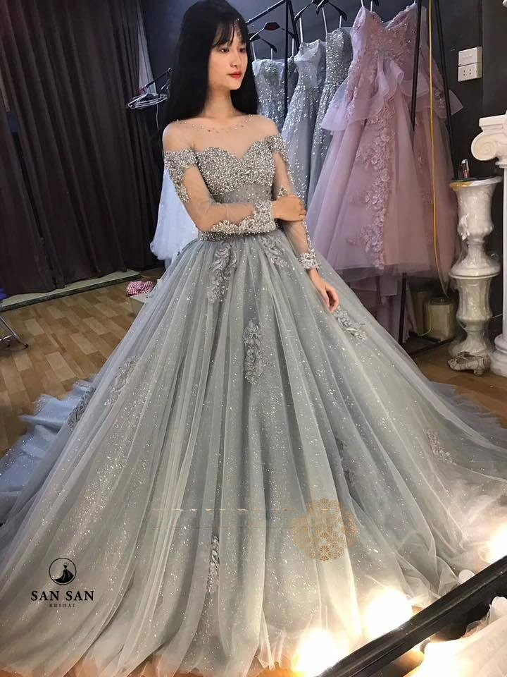 Váy cưới công chúa