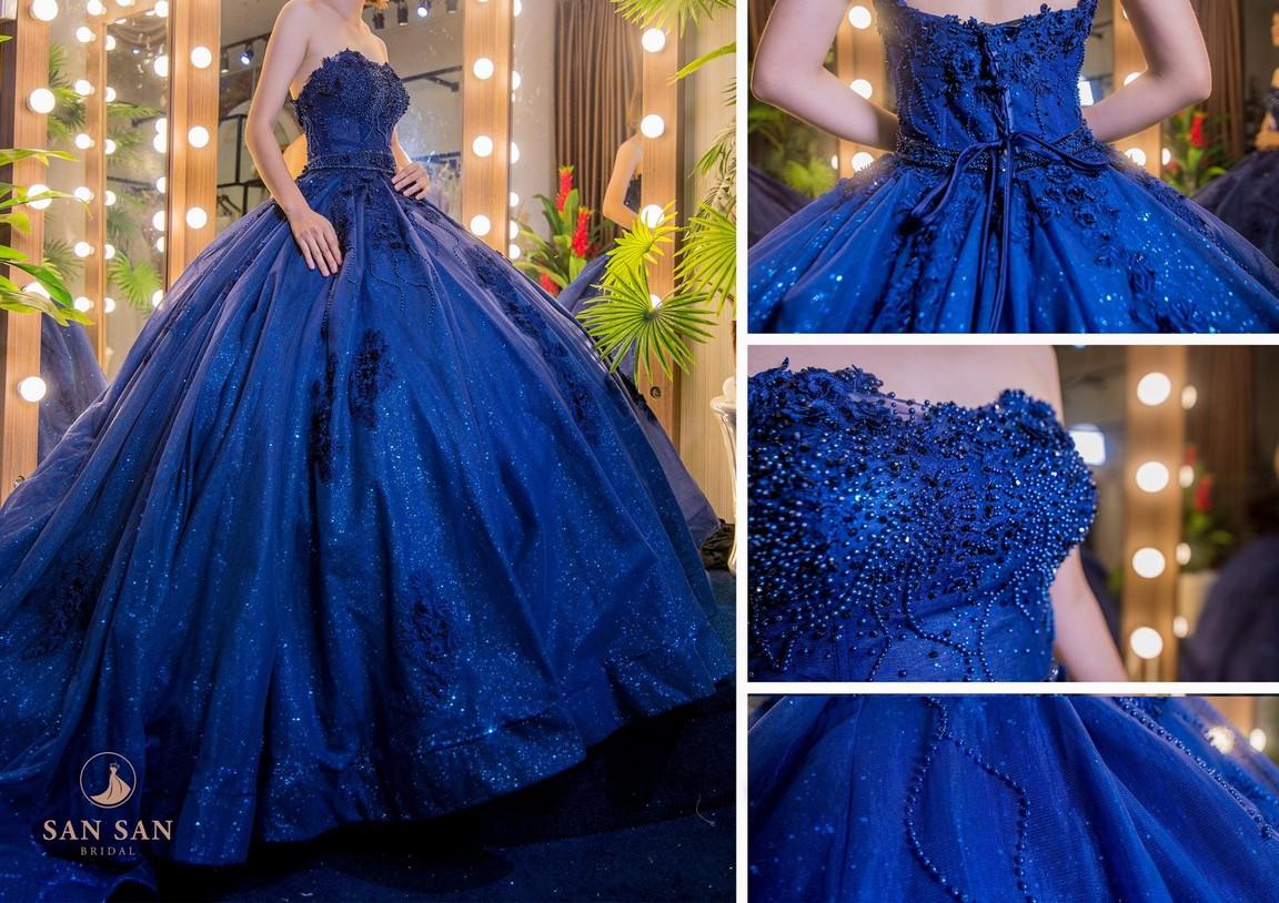 váy cưới đuôi xòe 9