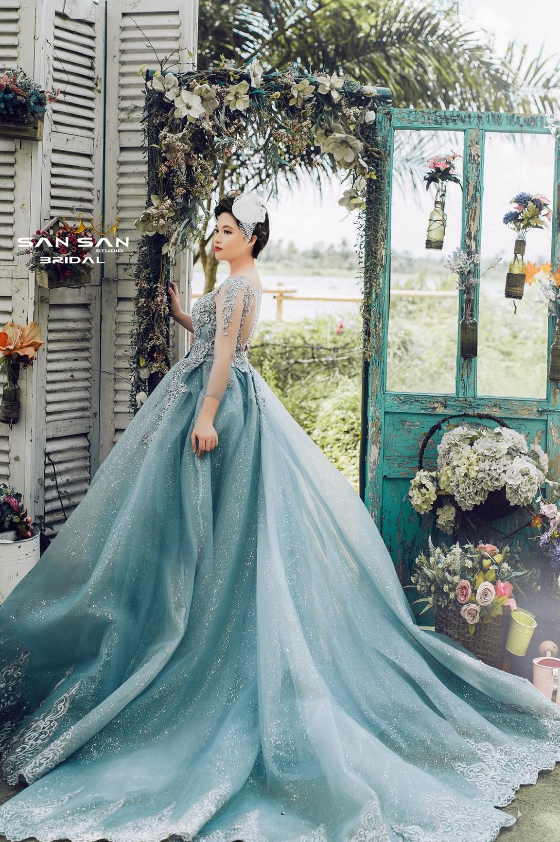váy cưới kiểu công chúa 1