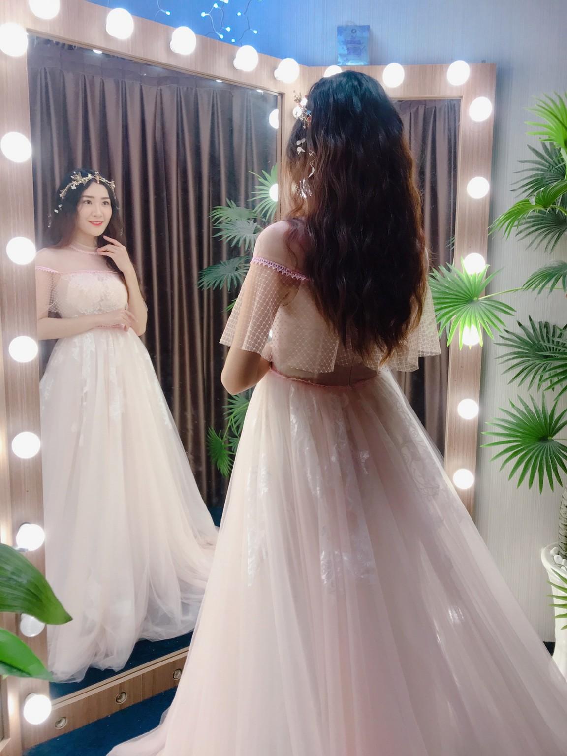 Váy cưới suông