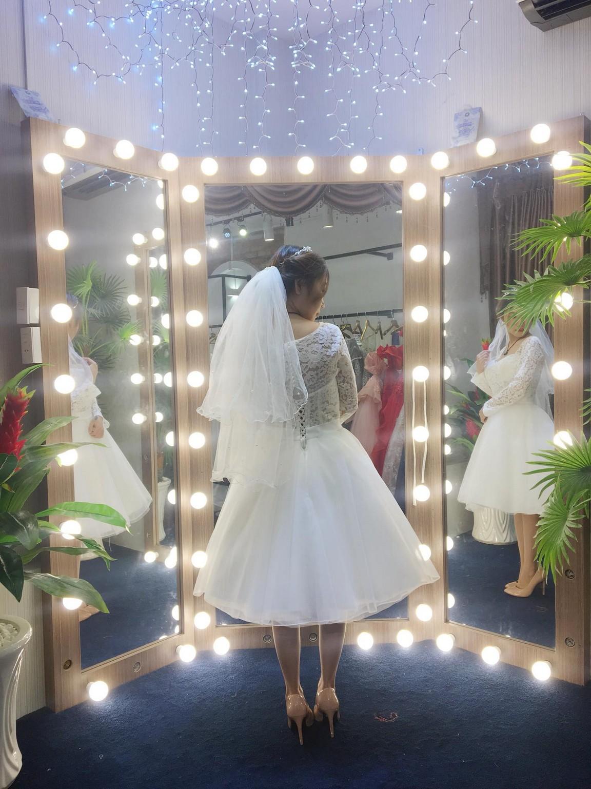 Váy cưới xòe bông 3