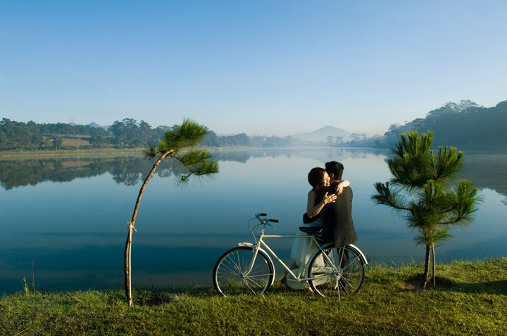 chụp ảnh cưới hồ xuân hương đà lạt