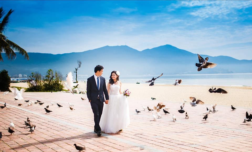 ảnh cưới công viên biển đông