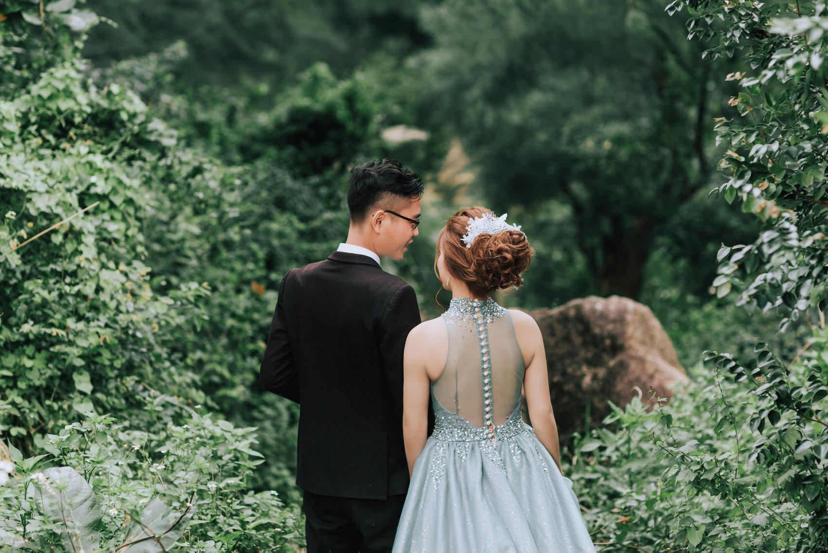 ảnh cưới hồ xanh thơ mộng