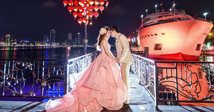 Chụp ảnh cưới cầu tình yêu đà nẵng