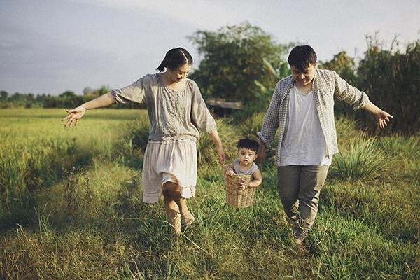 chụp ảnh gia đình quê hương