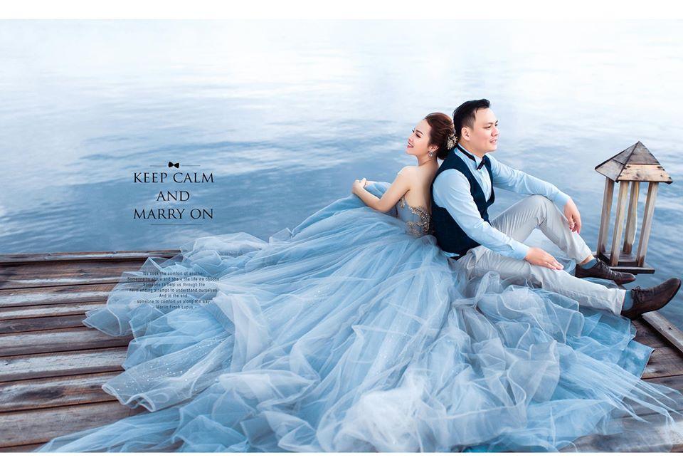 ảnh cưới cùng biển xanh
