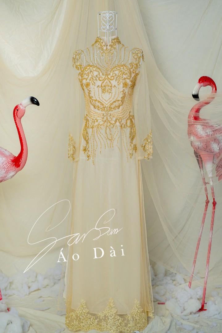 áo dài cô dâu tay ren