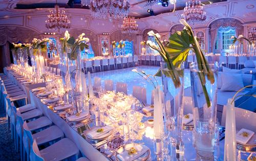bàn tiệc cưới chữ U
