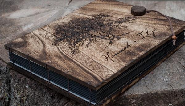 Mẫu album cưới bằng gỗ