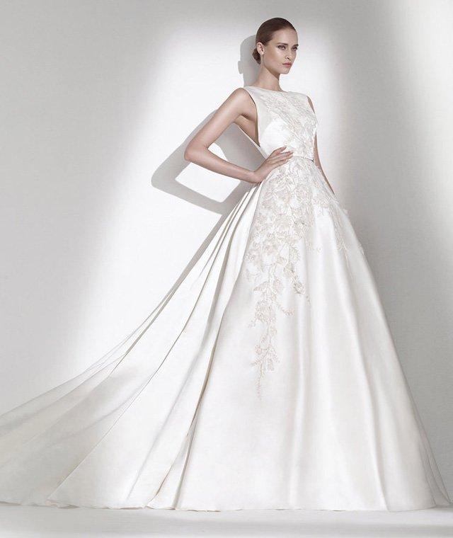 váy cưới sang trọng cho bầu