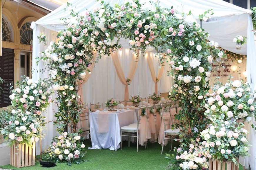 cổng hoa cưới đẹp 2020