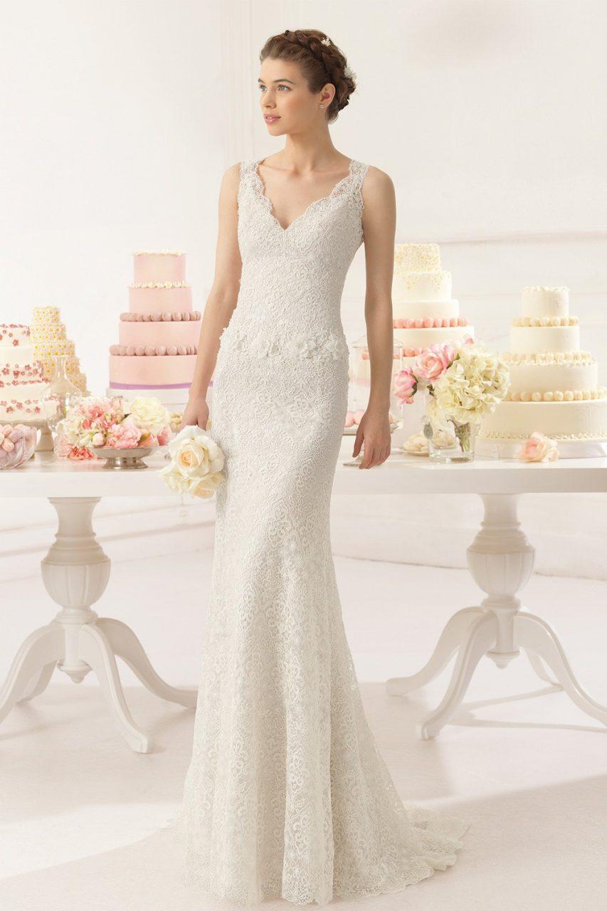 Váy cưới dạ hội họa tiết