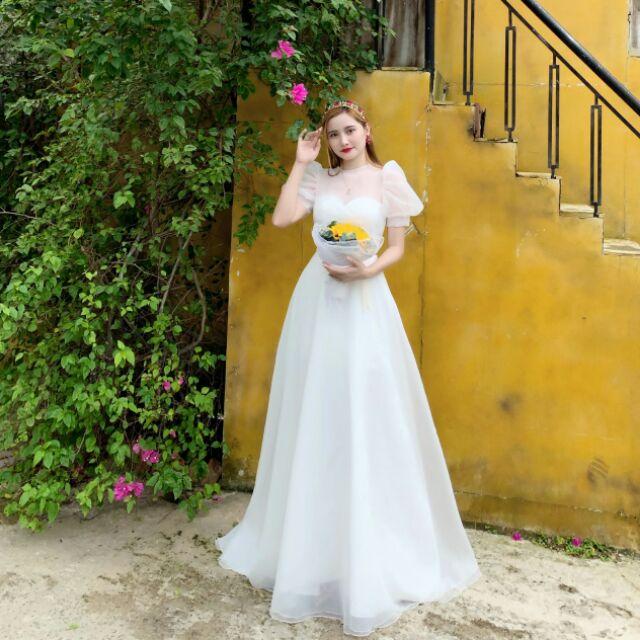 váy cưới bồng tay hến