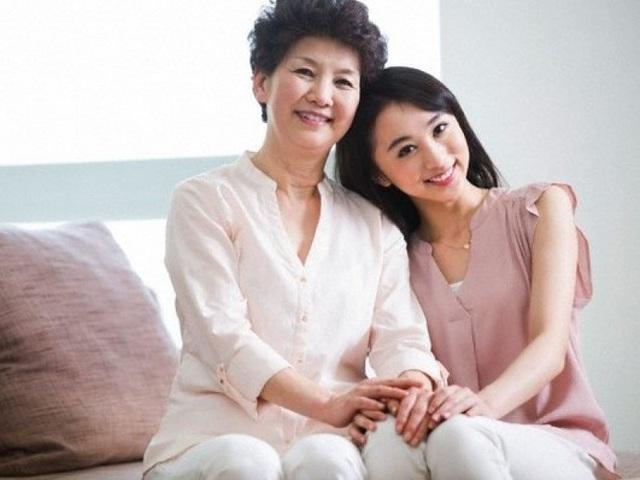 mẹ và nàng dâu