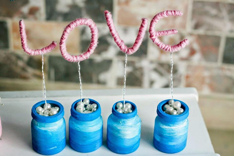 trang trí bàn cưới đồ handmade