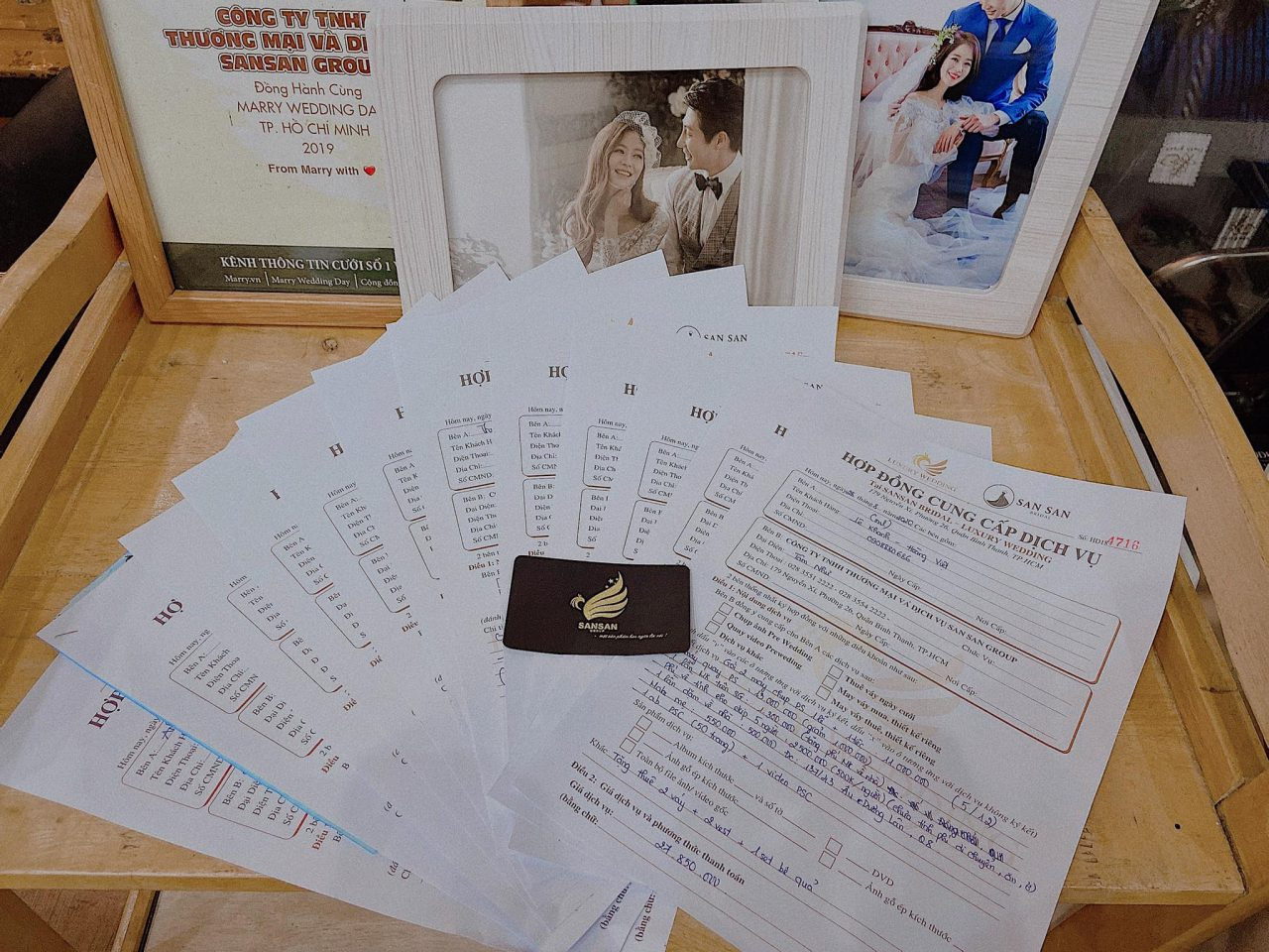 hợp đồng chụp ảnh cưới