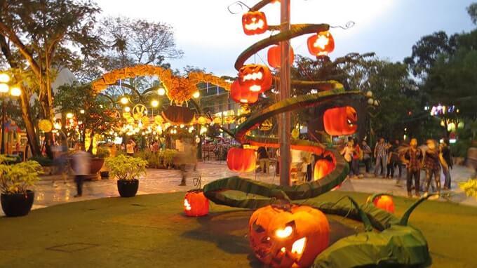 địa điểm chơi Halloween