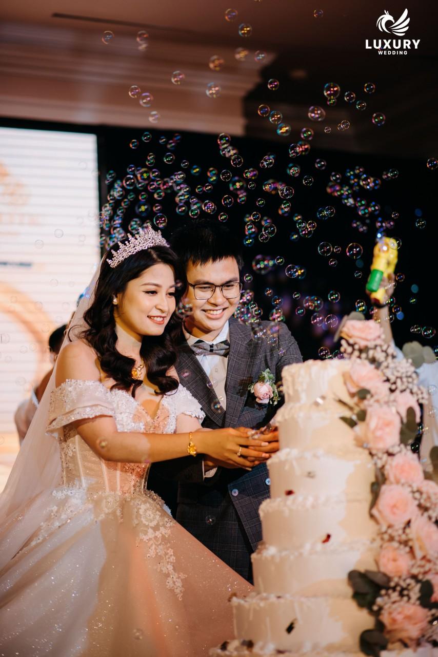 Chụp ảnh phóng sự cưới chuyên nghiệp giá rẻ